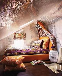 15 interesting kids attic bedroom ideas rilane for Fascinating fun bedroom ideas