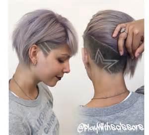 coupe de cheveux femme court dã gradã 1000 idées sur le thème undercut femme sur coupe undercut coupé et coupes pixie