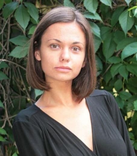 Dārta Daneviča ikdienā krūšturi nevalkā - Krusttēvs.com