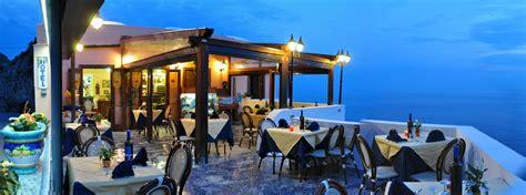Best Restaurants Amalfi Coast by Best Restaurants Amalfi Coast Furore With View On The Sea