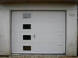 Anjou confort a angers les portes de garage for Porte de garage enroulable avec serrure mottura