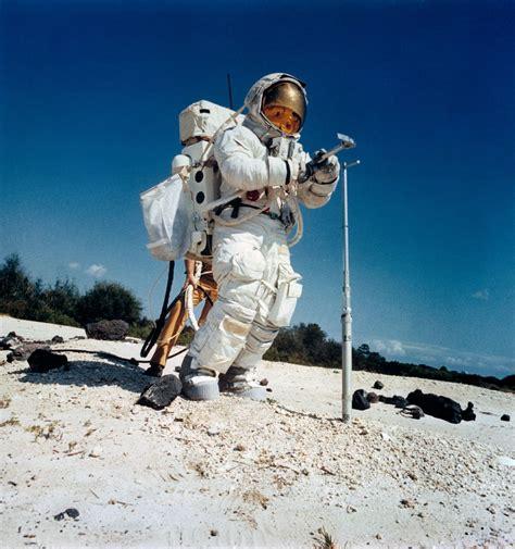 HUMANOID HISTORY : Photo   Apollo 16, Today in history ...
