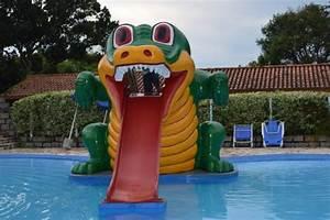 infos sur tobogan vacances arts guides voyages With superior petite piscine rectangulaire gonflable 9 infos sur une grande piscine gonflable arts et voyages