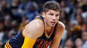 NBA Free Agency: Cavaliers Keep Kyle Korver | SI.com
