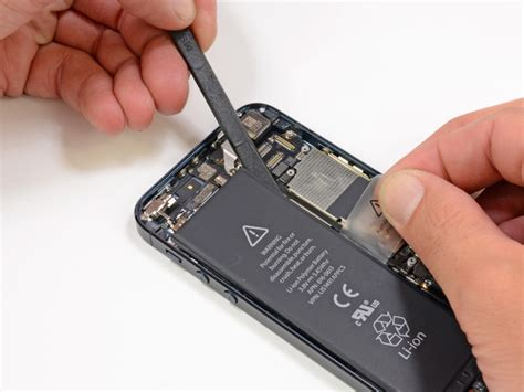 battery iphone 5 how to remove the iphone 5 battery muchbuy