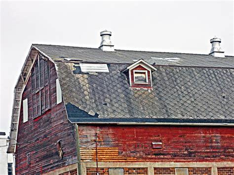 asbestos roof shingles  barn portion   vintage barn