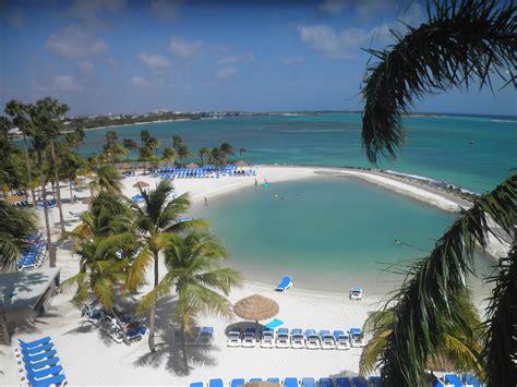 Hotel Review: Renaissance Aruba Resort & Casino - Points ...