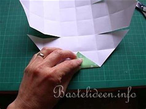 Bastelanleitung  Origami Schachtel Papierbasteln