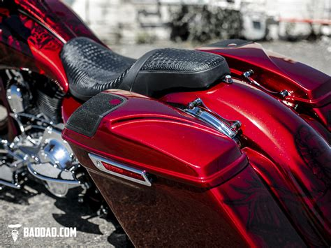 custom paint motorcycles add recessed baggers john 39 s 2014 street glide bad dad custom