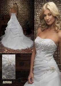 Vestiti Da Sposa Particolari