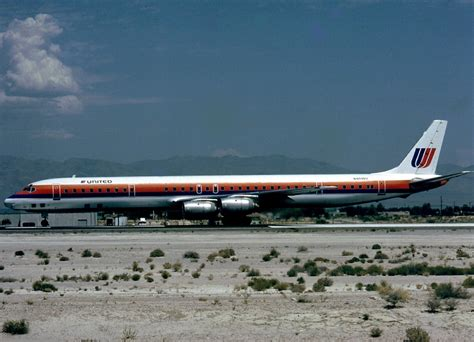 File:McDonnell Douglas DC-8-71, United Airlines AN0497677 ...