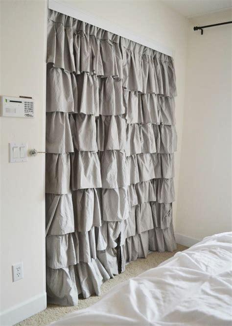 idee deco pour chambre fille dressing avec rideau 25 propositions pratiques et jolies