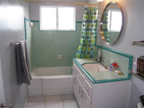 Retro Bathroom Ideas by 30 Great Pictures And Ideas Of Fashioned Bathroom Tile