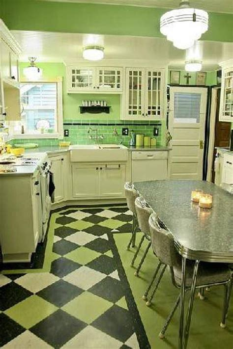 apple green paint kitchen green kitchen cabinets kitchen cabinet green and 4163