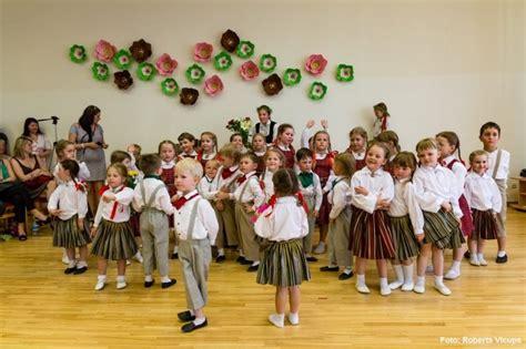 Rīgas 275. pirmsskolas izglītības iestādes tautas deju ...