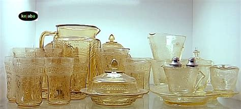 glassware antiques collectables    kejaba