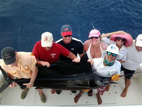 dominical fishing rica costa shore