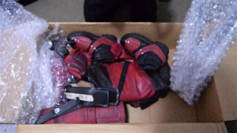 Unboxing Deadpool Suit (maximun Effort )with Props