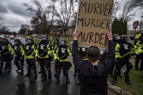 More clashes in Minnesota after police shoot, kill Black man