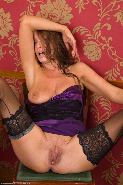 Horny Housewife Having Fun Pichunter