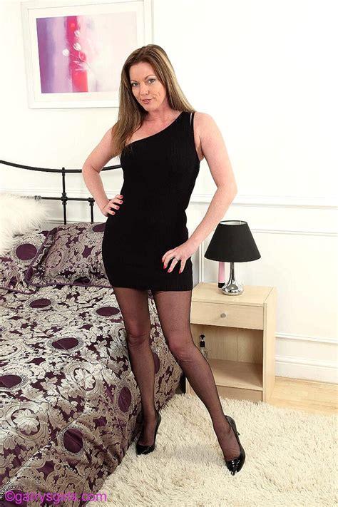 Babe Today Garrys Girls Holly Kis Masterbating Ass Teen Tightpussy Porn Pics