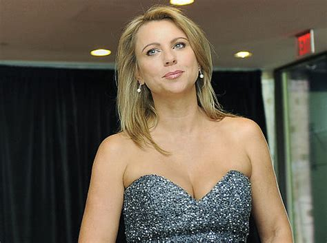 cbs lara logan reveals   stripped  scalped