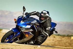 Yamaha R3 Vs Kawasaki Ninja 300 Vs Honda Cbr300r