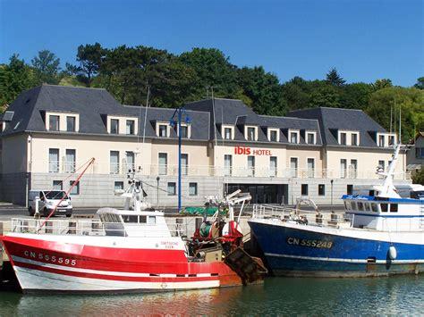 mercure port en bessin hotel in port en bessin ibis bayeux port en bessin