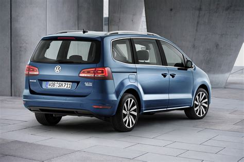 vw sharan images volkswagen is debuting technically updated sharan in geneva