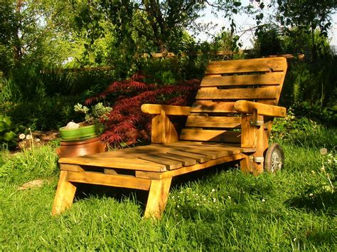 la chaise longue lyon 1000 images about palettes utilisées dans un jardin on