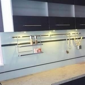 Pose Credence Verre : credence en verre pour cuisine choix des couleurs ~ Premium-room.com Idées de Décoration