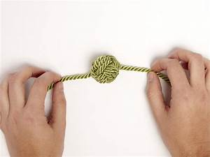 Instructions For Tying A Monkey Fist Knot