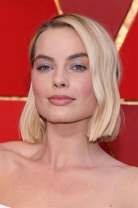 Margot Robbie Oscars 2018 Red Carpet