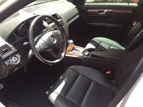 Sun reflecting leather seats, high quality stainless steel look door. 2011 Mercedes-Benz C-Class - Pictures - CarGurus