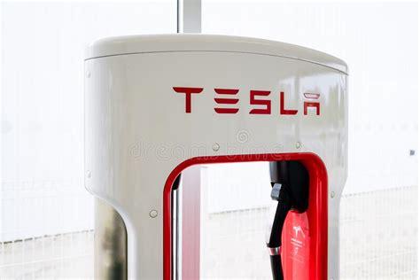 41+ Tesla Car Power Source Images