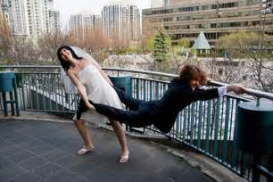 best online wedding registry wedding photos that will never be in your wedding album