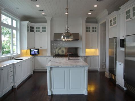 Design Of Kitchen by Transitional Kitchen Design Bath Kitchen Creations