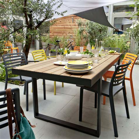 table et chaise de terrasse professionnel castorama 30 nouveautés pour la terrasse et le jardin