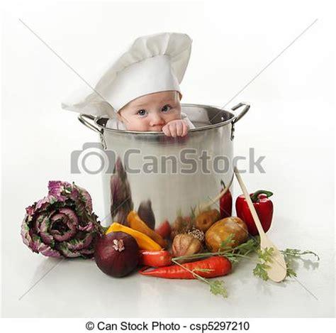 cuisine bébé photographies de bébé pot cuisine portrait de a