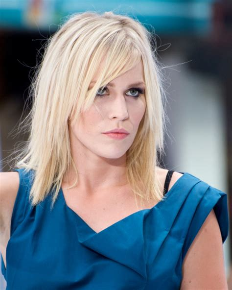 Latest Medium Layered Haircuts For Women  Hairstyle For Women