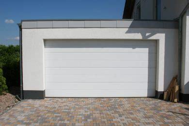 Fertiggarage Modelle Und Gestaltungsmoeglichkeiten by Garagen Modelle Fertiggaragen Sehn