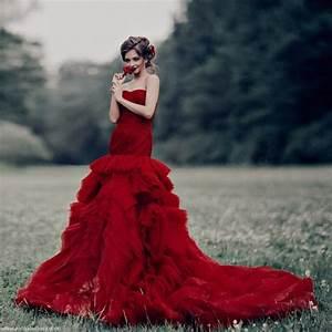 robe de mariee blanche ou robe de mariee rouge With robe de mariée rouge avec bague homme