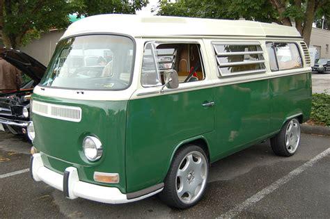 volkswagen green volkswagen bay window bus paint color sles from