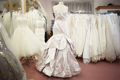 designer bridal consignment shopping  dunning