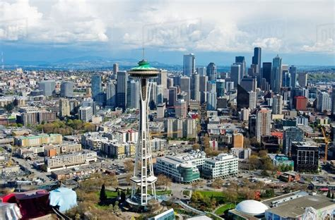 Aerial view of space needle Seattle, Washington State, USA ...