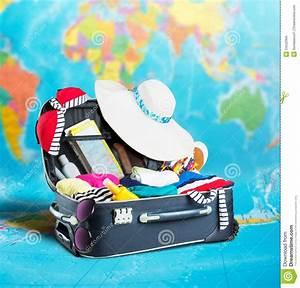 Open Suitcase Full Of Clothing Stock Photo - Image: 34532950