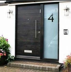 26 modern front door designs for a stylish entry shelterness for Contemporary front door