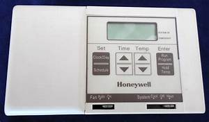 Honeywell Programmable Thermostat Magicstat   28 Ct2800 W