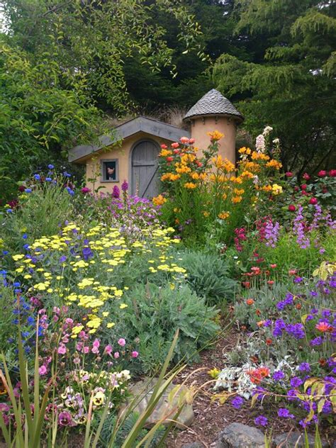 Sweet Colorful Oldfashioned English Cottage Garden