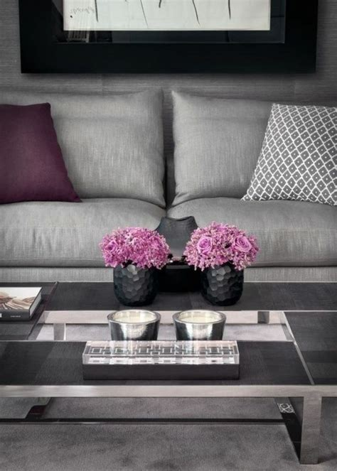 coussin sur canape gris 80 id 233 es d int 233 rieur pour associer la couleur prune